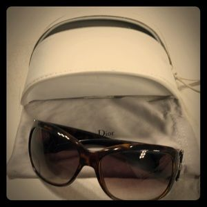Dior tortoise sunglasses